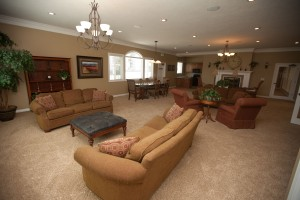 Rexburg ID Apartments with Large lounge with fireplace and party kitchen